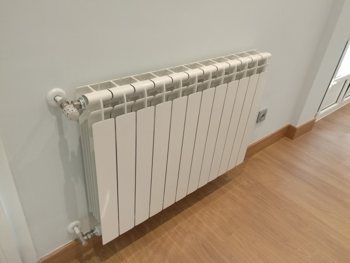 10a5f088 b7f7 4d1f 87c8 6de588477b1f - Berogailu berriak jartzen/ Instalación nueva de calefacción.