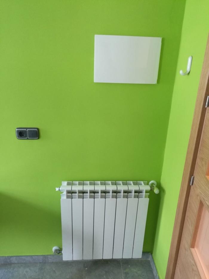 4b0a4840 4907 4daa b843 ec11a5fb9146 - Berogailu berriak jartzen/ Instalación nueva de calefacción.